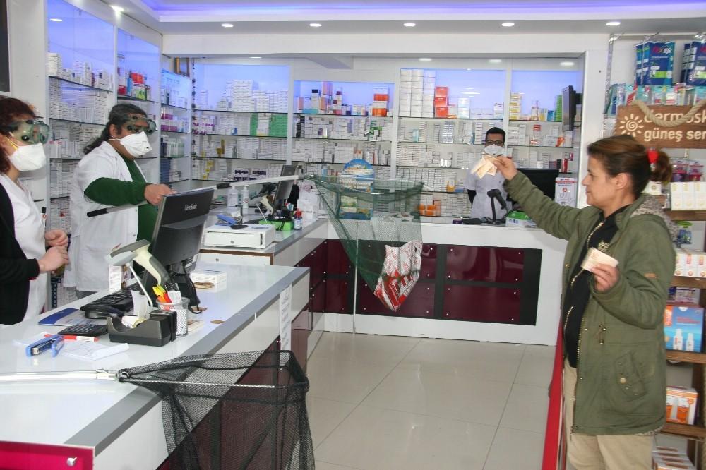 Korona virüse karşı eczacıdan görülmemiş korunma yöntemi