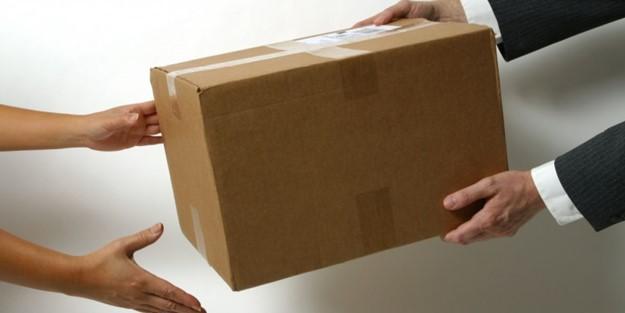 Koronavirüs kargoyla bulaşır mı? Kargo paketleri nasıl açılmalı?
