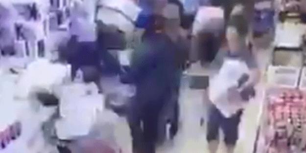 Koronavirüs Türkiye'ye dayandı! İşte markete böyle daldılar