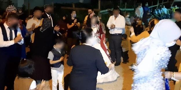 Koronavirüslü kaynana düğüne katılanları yaktı