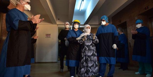 Koronavirüsü yenen 90 yaşındaki Alye teyze alkışlarla uğurlandı