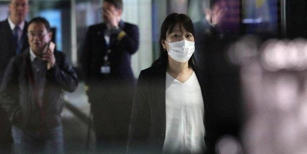 Koronavirüsün bir belirtisi daha ortaya çıktı! Uzmanlar uyardı: Hissettiğiniz an hastaneye başvurun