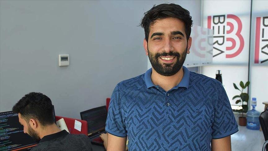 KOSGEB desteğiyle yazılım firması kuran akademisyen öğrencilere iş imkanı sunuyor