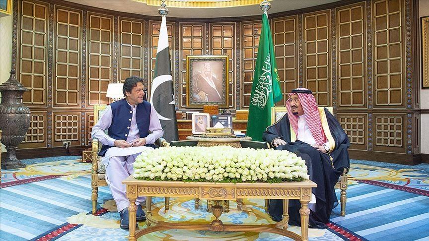 Kral Selman bin Abdulaziz Pakistan Başbakanı İmran Han'la görüştü