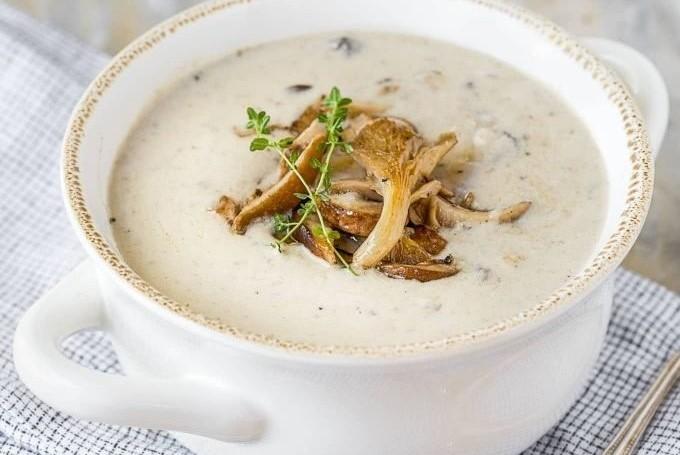 Kremalı mantar çorbası nasıl yapılır? Kremalı mantar çorbası tarifi ve malzemeleri