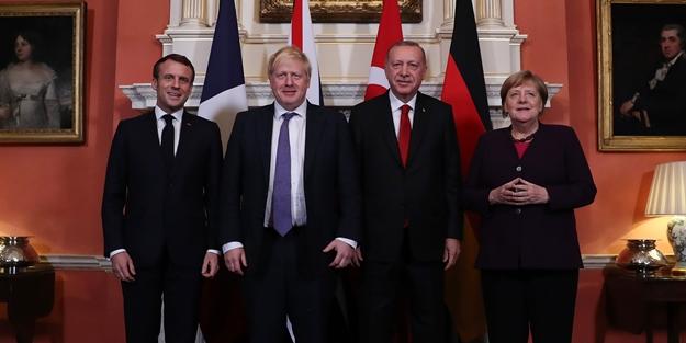 Kritik ayrıntı: Erdoğan'dan Merkel, Johnson ve Macron'a ders niteliğinde kitap!