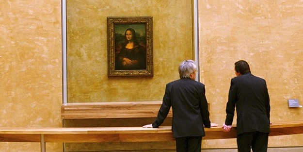 Kriz fena vurdu: Mona Lisa tablosunu satalım