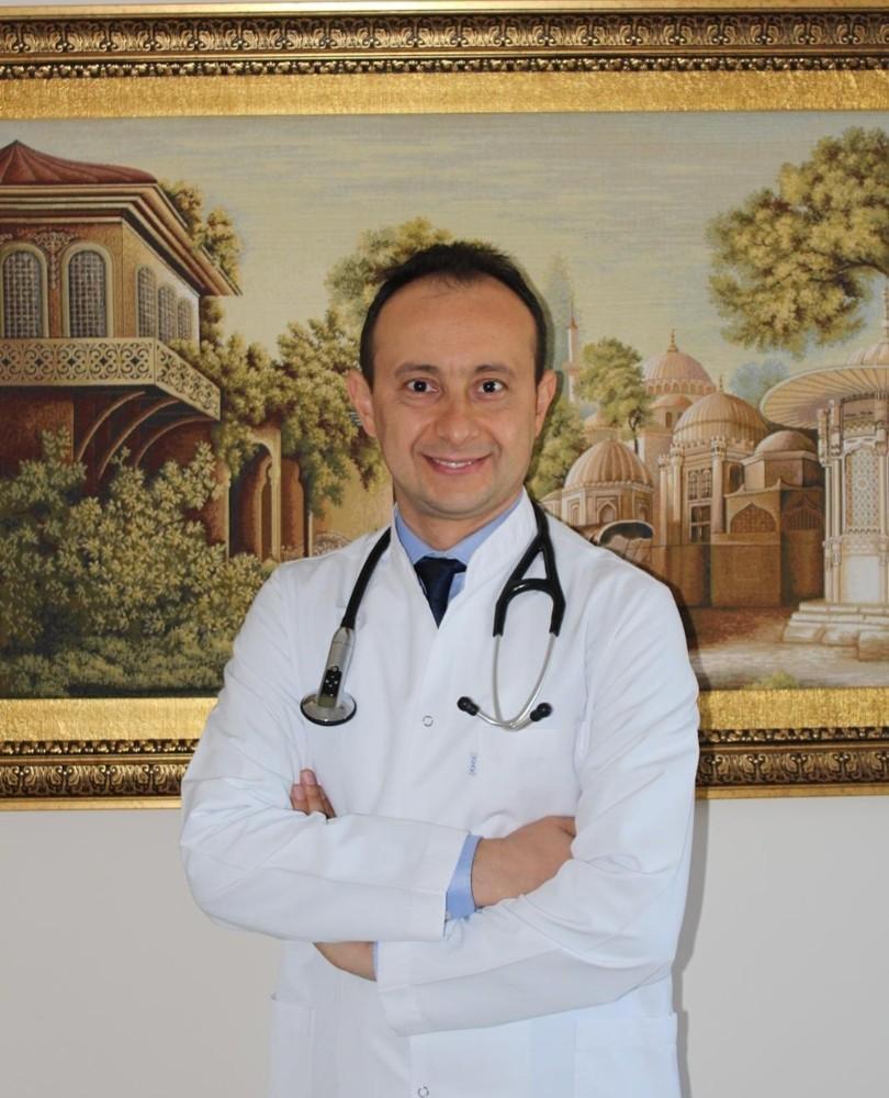 Kronik kalp hastaları hekimlerine danışmadan ilaçlarını bırakmamalı