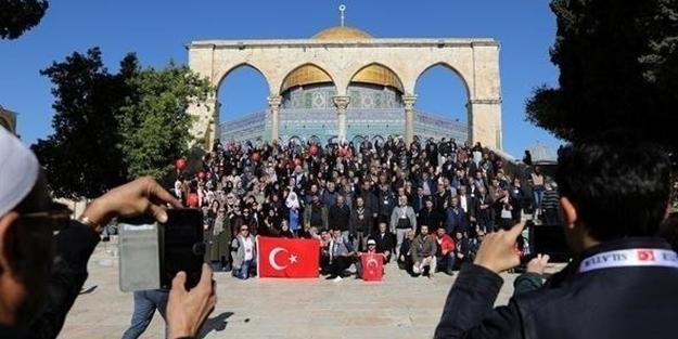 Kudüs'te Türk bayrağı açıldı!