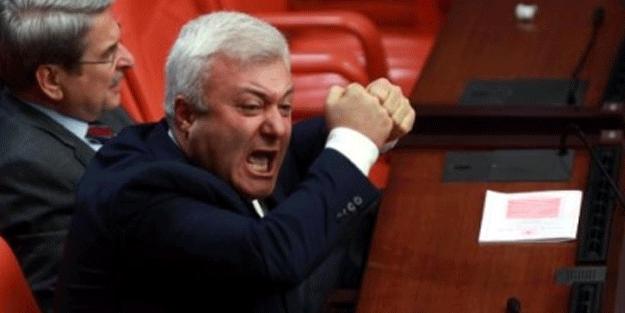 Küfürbaz CHP'li Tuncay Özkan'a şok!
