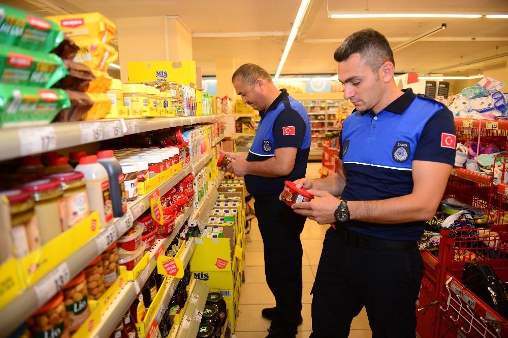 Kumluca'da zincir marketlere denetim