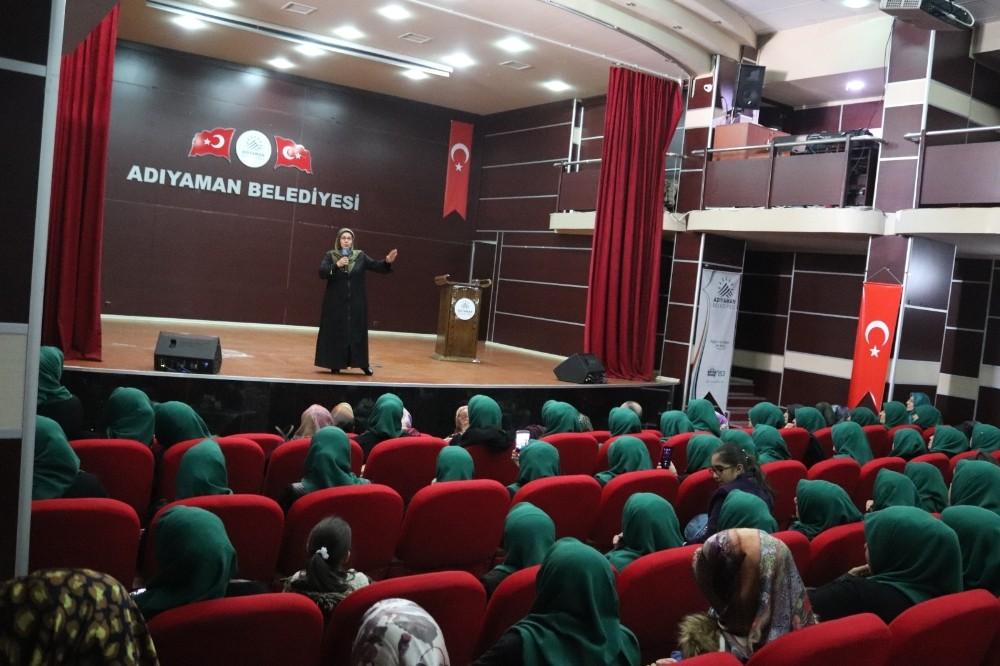 """""""Kur'an halkaları kardeşlik"""" konferansı düzenlendi"""