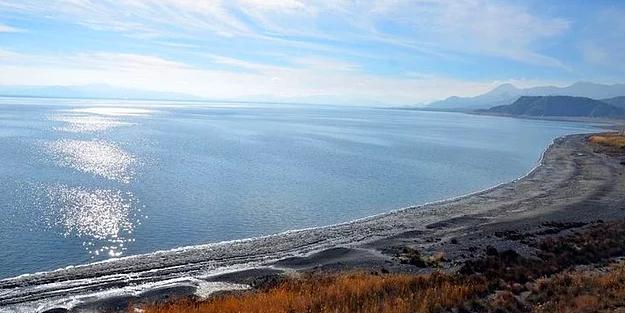 Küresel ısınma Burdur Gölü'nde su kaybına neden oldu