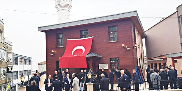 Kürkçübaşı Camii'nde Hatimli Teravih
