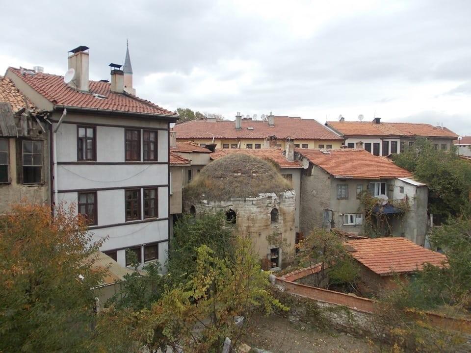 Kütahya Belediyesi'nden Darülkurra'da restarasyon çalışması
