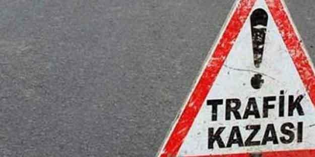Kütahya'da otomobil istinat duvarına çarptı: 1 ölü, 1 yaralı