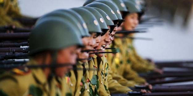 Bu ülkede zorunlu askerlik tam 10 yıl!