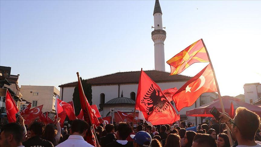 Kuzey Makedonya'da 'Türkiye ile Dayanışma Mitingi'