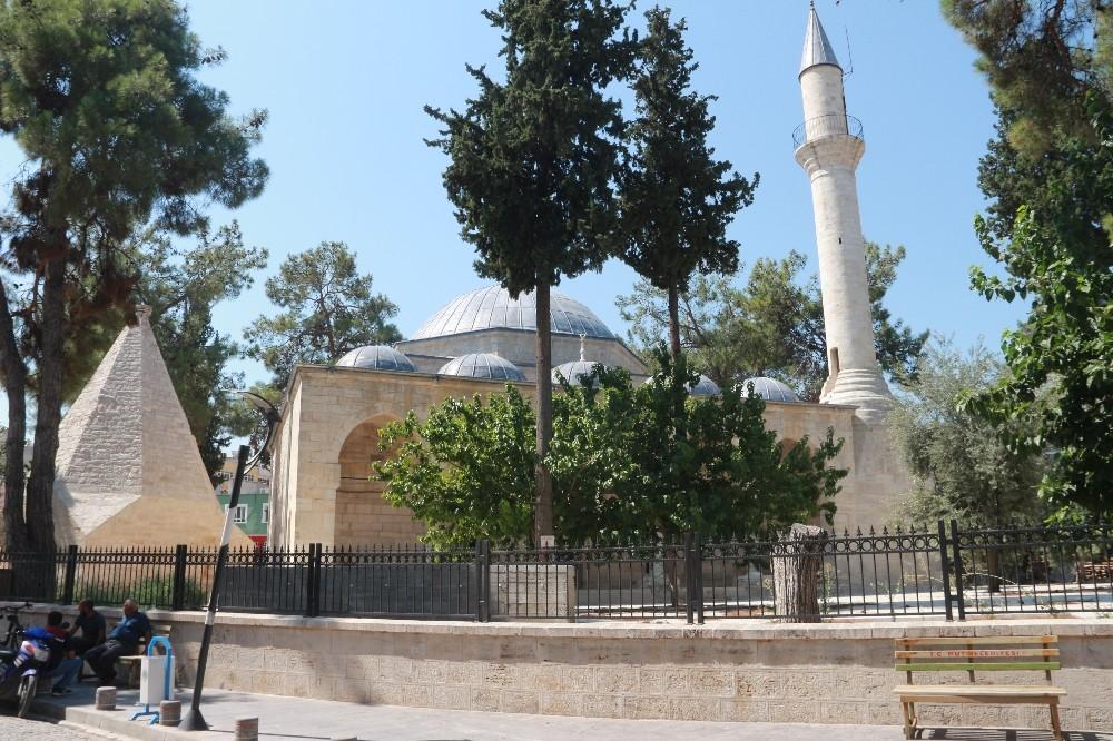 Laal Paşa Camisi restorasyonu 2 yıldır bitmedi