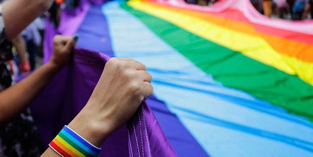 LGBTİ'li azgınlar itiraf etti! Lut kavmi artıklarına en büyük destek CHP ve Cumhuriyet'ten