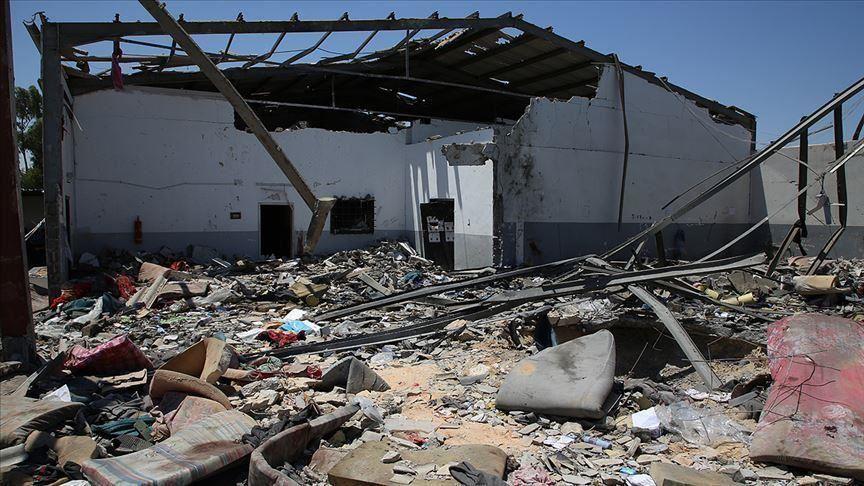 Libya: BAE Trablus'ta fabrikayı vurdu 7 işçi öldü
