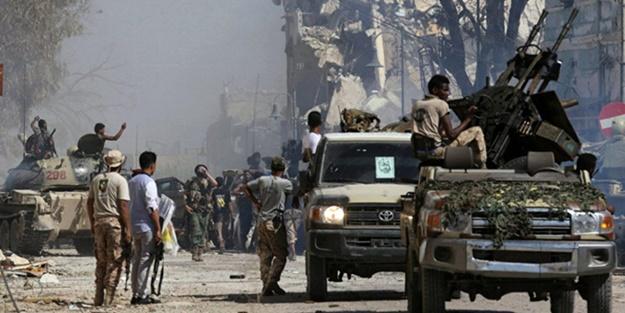 Libya hükümeti doğruladı! Darbeci Hafter o kenti ele geçirdi