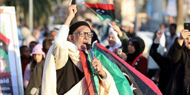 Libya, İslam'a savaş açan Fransa hakkında fetvayı verdi