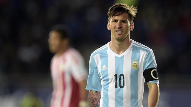 Lionel Messi milli takımı bıraktı