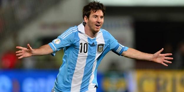 Lionel Messi'nin cezası belli oldu