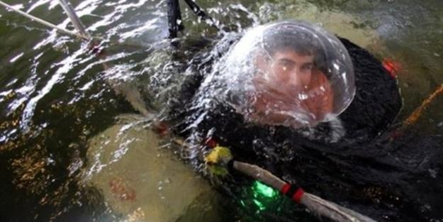 Lise öğrencisi denizaltı yaptı