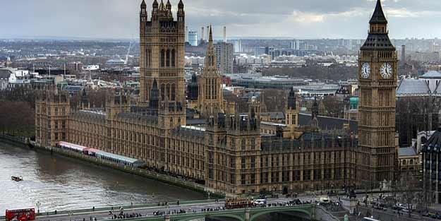 Londra'da çanlar Notre-Dame için çalacak