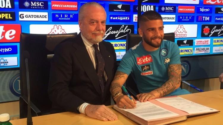 Lorenzo Insigne imzayı attı!