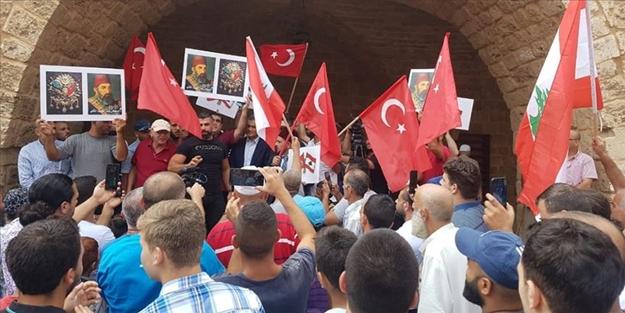 Lübnan halkından küstah Cumhurbaşkanı'na protesto, Osmanlı ve Türkiye'ye destek!