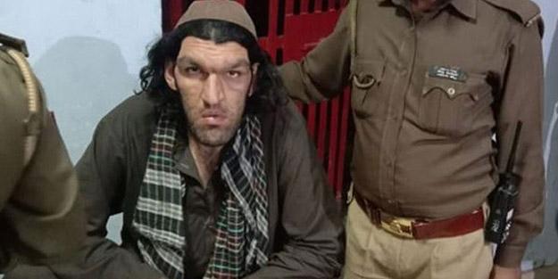 Maç izlemek için Hindistan'a giden Afgan turist karakola sığındı