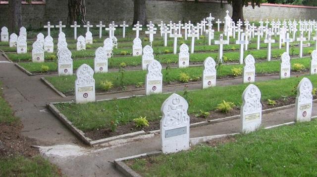 Macaristan korkusundan Müslümanlara mezar yeri vermiyor