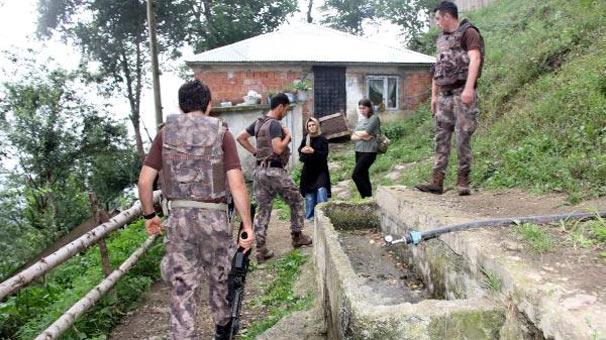Maçka'da yiyecek çalınan evlerde özel ekipler iz sürüyor