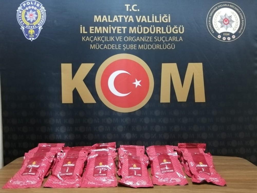 Malatya'da 15 adet kaçak telefon yakalandı