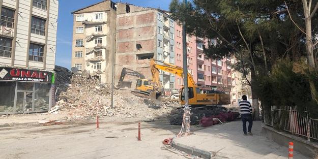 Malatya'daki depremzedelere nakit desteği