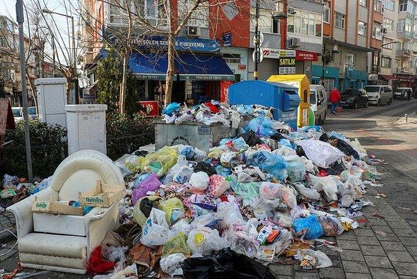 Maltepe'de çöp rezaleti 5. günde de sürdü
