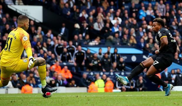 Manchester City'e evinde büyük sürpriz!
