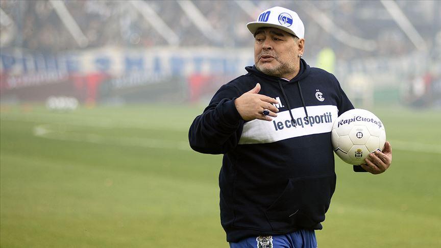 Maradona'nın Gimnasia serüveni 3 ay sürmedi