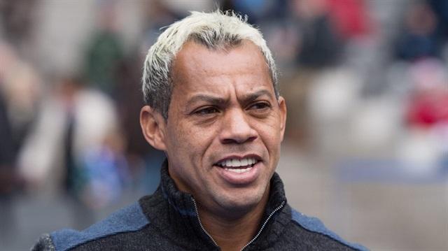 Marcelinho futbol hayatına nokta koydu