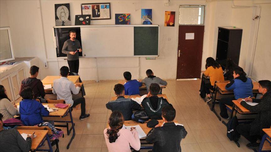 Mardin ve Şırnak'ta terör mağduru 44 bin 417 öğrenciye telafi eğitimi verilecek