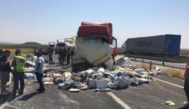 Mardin'de zincirleme trafik kazası: 1 ölü, 3 yaralı