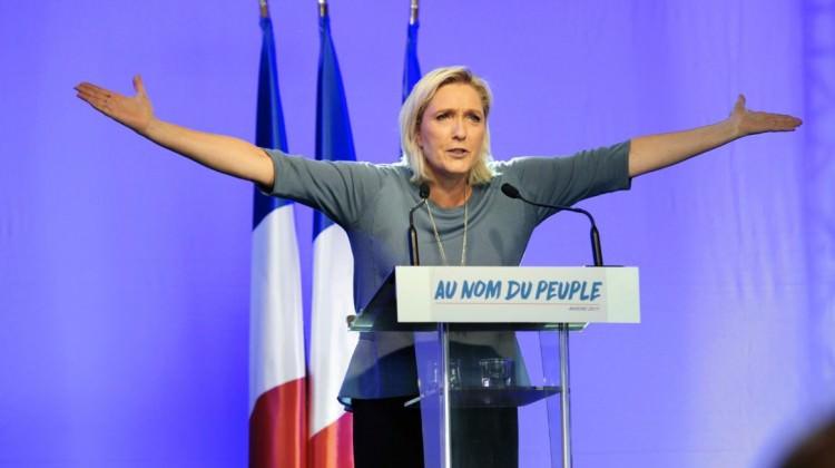 Marine Le Pen geri adım atmadı!