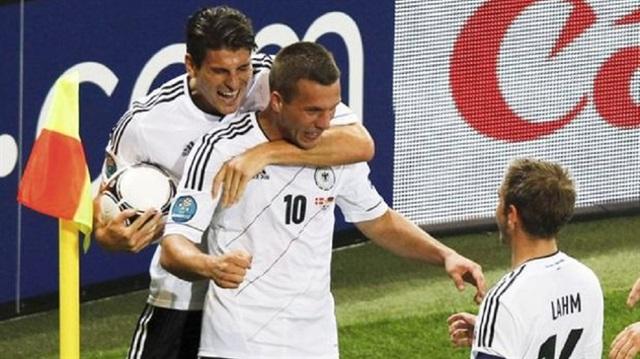Mario Gomez ve Podolski milli takıma çağrıldı