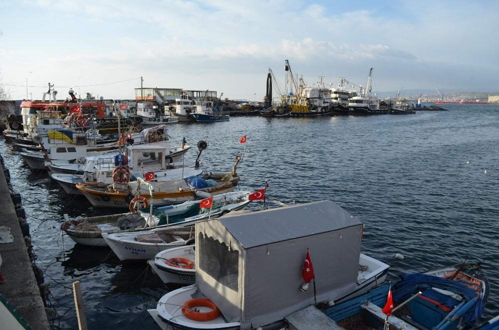Marmara'da lodos deniz ulaşımını olumsuz etkiliyor