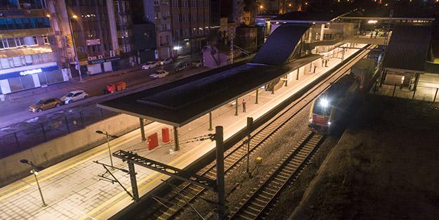 Marmaray'ı kullandı! İstanbul Boğazı'ndan ilk yük treni geçti