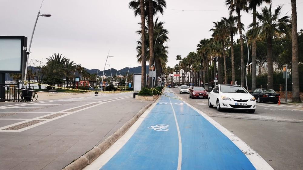 Marmaris'te ''Ferdi, toplu yürüyüş, bisiklete binme, koşu, fotoğraf çekmek ve sportif faaliyetler'' yasaklandı