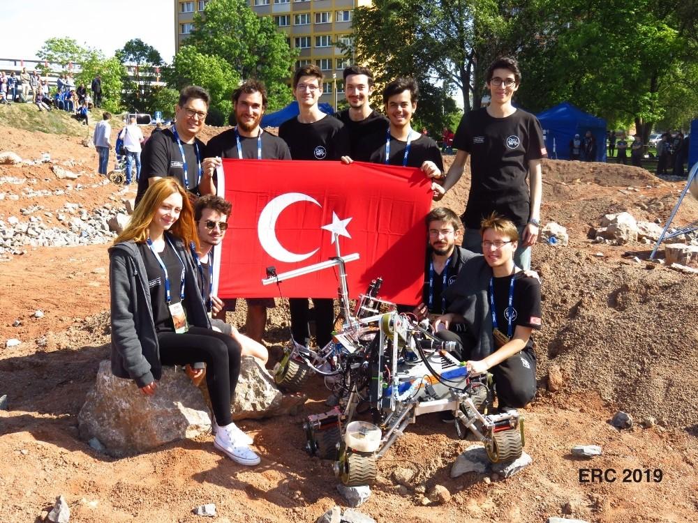 Mars'ı keşfedecek yeni nesil gezgin aracı 'Hope' Dünya finalinde